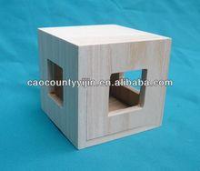 plain wooden apple box