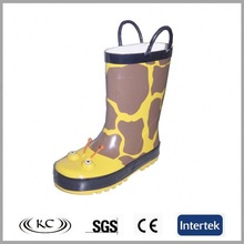 Hot sale waterproof browning girls rubber rain boot with handles