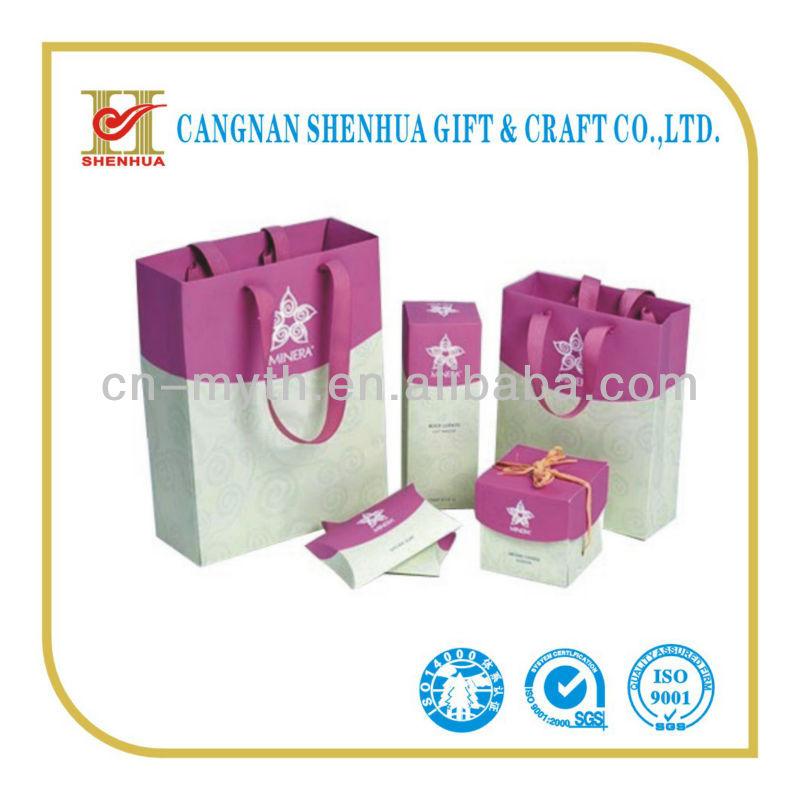 nuovo design della moda sacchetto di carta da regalo a basso prezzo