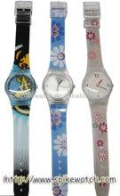 Hotselling custom logo plastic watches with Japan movement and battery