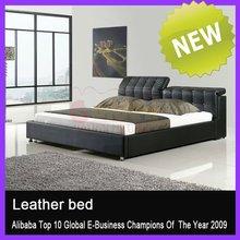 Plush White Romantic Style Soft Bed with Diamond2845#