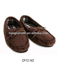 Classic moccasin slipper for men