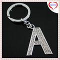 la promoción de encargo de aleación de zinc de cristal de una carta de llavero alfabeto clave anillo