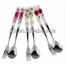 Wholesale porcelain/ceramic handle cutlery set