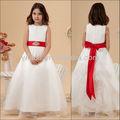Blanco y de Color rojo con la cinta del vestido de bola Cap piso longitud de la manga de las muchachas de flor del vestido del cuadro