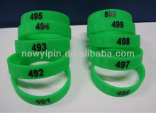 Manufacturer supply series number QR code the cheapest customized debossed wrist silicon band