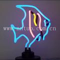 peces tropicales de la escultura de neón