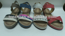 2013 fashionable flat sandals for girls