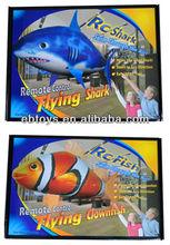 4-ch R/C flying shark/flying clown fish with automatic dem