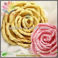 2013 hot wholesale artificial flower christmas berry wreath