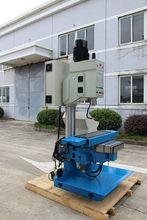 Máquina de segunda mano herramientas, Zxk7540 / 8 Vertical CNC fresadora de perforación y, Cabezal de engranajes de perforación y fresadora