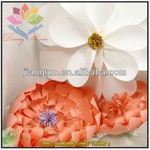 2013 entregar buquê de flores de papel