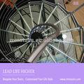 la mansión de diseño interior circular de vidrio escaleras