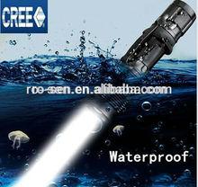 Adjustable brightness lamp t6 7W 700LM Super waterproof flashlight led
