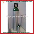 el peso de los cilindros de oxígeno