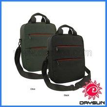 Fashion vertical tablet laptop messenger bag