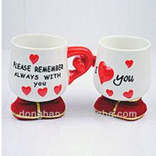 heart design ceramic pair mug /hand in hand mug/lovers mug