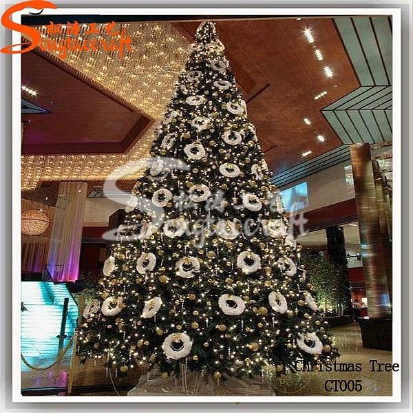 زيتة عيد الميلاد 2014_new_design_of_large_Christmas_tree