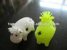 2013 new design milk cow puffer ball plastic toys