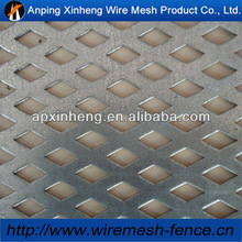 low carbon 4.5mm diamond hole perforated mesh