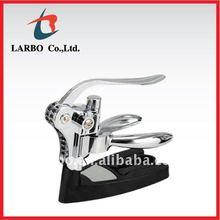 AAA grade wholesale wine opener wine corkscrew with stand