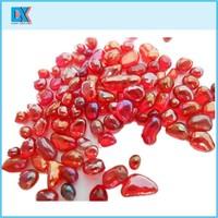 Decorative iridescent glass beads
