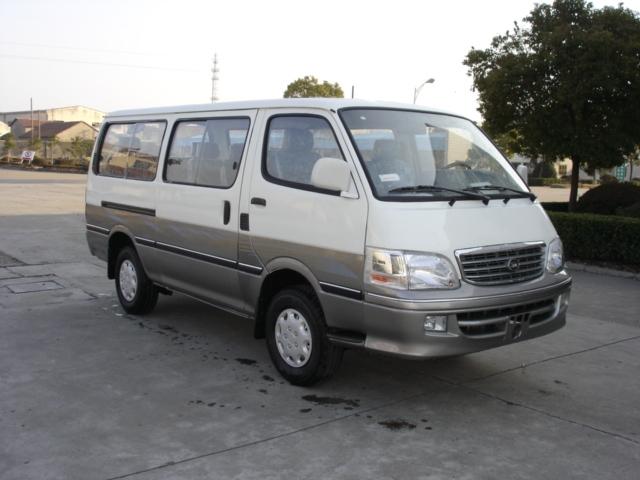 Mini van-JNQ6495E1