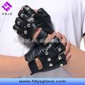 para hombre negro tachonado de conducción de la moda de cuero guantes sin dedos