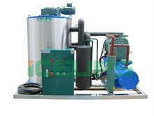 High quality flake ice maker 5000kg a day CE approved. PLC control system Bitzer compressor made in China