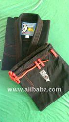 Black Kimonos W/Red
