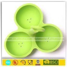 Popular silicone poaching an egg