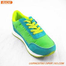 Kid sneakers tennis shoes