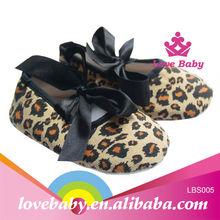 2014 cute fashion lepard wholesale baby crib shoes