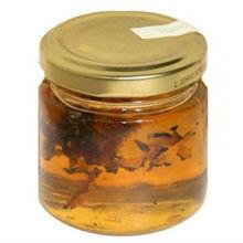 White and Black truffles in honey( Tuber Magnatum and Tuber Aestivum)