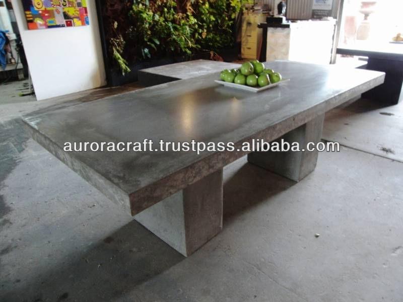 En plein air table de béton léger