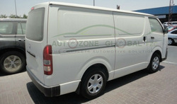TOYOTA HIACE 3 SEATER DELIVERY VAN 2015 MODEL