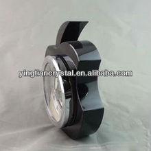 Apple shape crystal table clock
