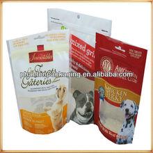 Pet food package and pet food packaging bag