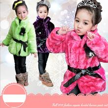 ta50187 2013 winter models girls coat thick plush fur girls coat with brooch Belt