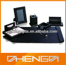 Hot!!! Customized Design Made-in-China Photo Frame Calendar Pens Packaging Set (ZDL13-S014)