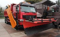 Sinotruck 6x4 Road Snow Sweeper Truck