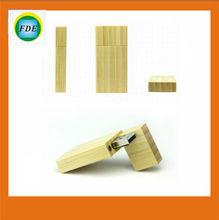 Fashion gift OEM natural wood usb flash drive