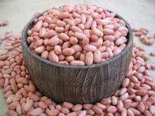 raw jumbo peanuts