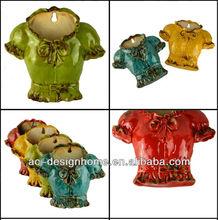T- shirt della parete a forma di vaso in ceramica