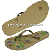 Logo on recycled rubber flip-flops for gifts and promotion,light and comforatable
