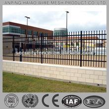 Famosa ISO9001 y CE de suministro directo de fábrica puertas de hierro forjado modelos