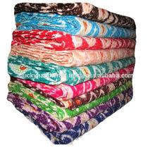 Kantha Cotton Handmade Quilts , Ikat print kantha bed sheets 10 color kantha Ikat print quilts 100% cotton bed sheets