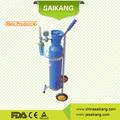 botella de oxígeno gas con la válvula