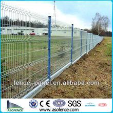 50 * 200 mm maille taille la V - faisceau nylon PVC pulvérisé revêtement métal courbé clôture
