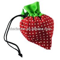 2014 fashionable foldable strawberry shopping bag